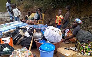 UNHCRは8,000人に上るコートジボワール難民への支援を拡大