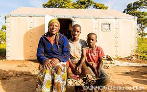 革新的な「キーホールガーデン」が難民の栄養改善の一翼を担う
