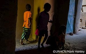 紛争と新型コロナウイルス感染症により、マリで子どもの人身売買が増加